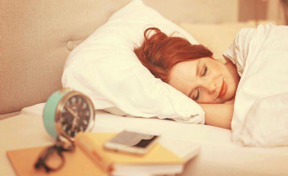 Dormez vous trop ? Tout savoir sur l'hypersomnie