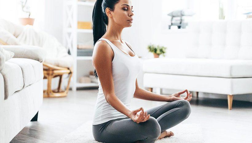 Position du Lotus (Padmasana) : bienfaits de cette posture de Yoga