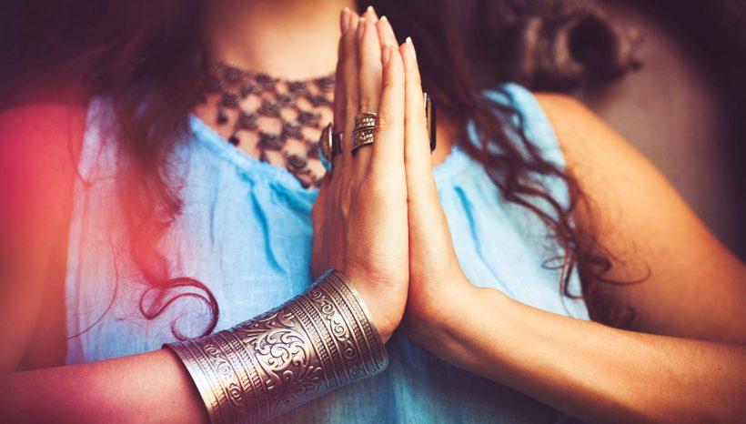 Namaste ! Savez-vous seulement ce que cela signifie ?