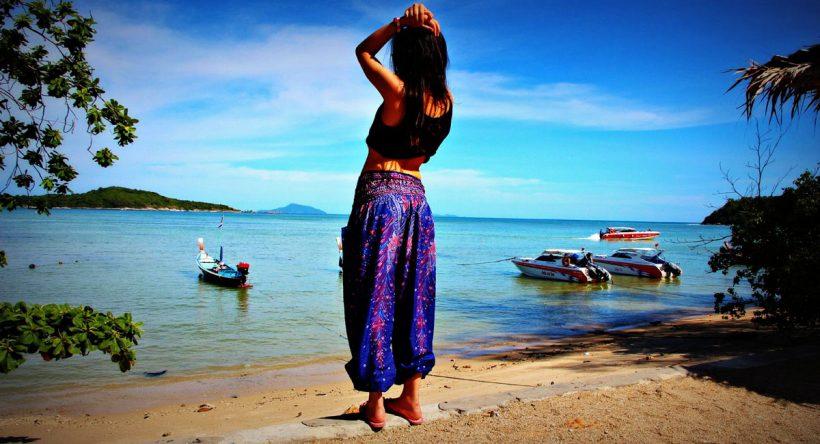 Sarrouel : pourquoi le «Buddha Pants» est l'ultime compagnon de voyage/ méditation/ yoga ?