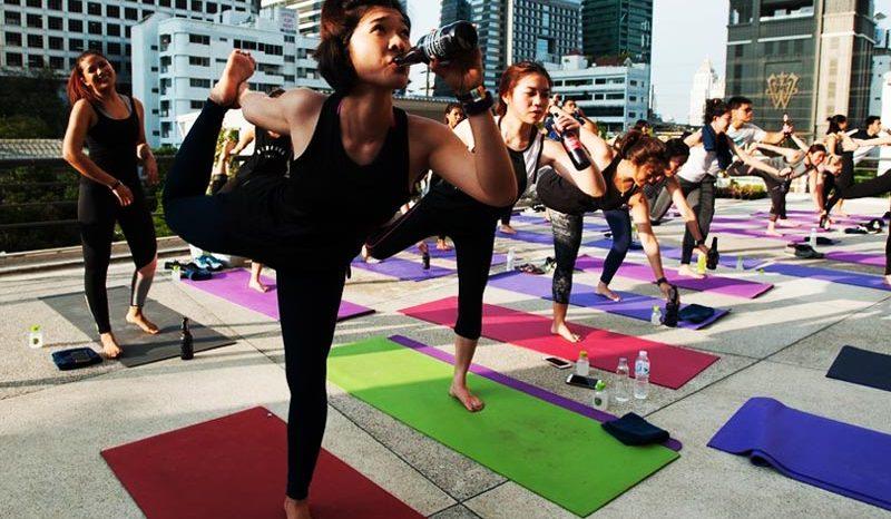 5 types de Yoga complètement fous qui existent vraiment !