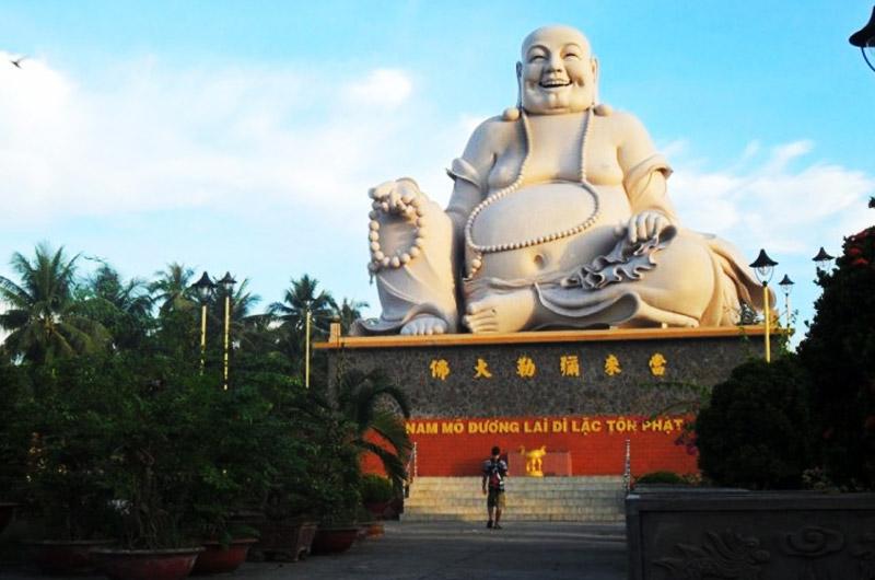Le gros buddha hilare et joviale du Vietnam
