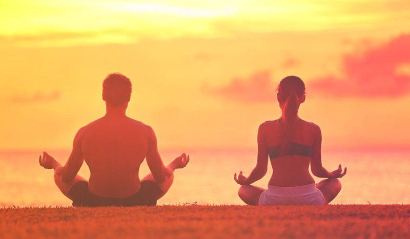 10 bonnes raisons de pratiquer la méditation en couple.