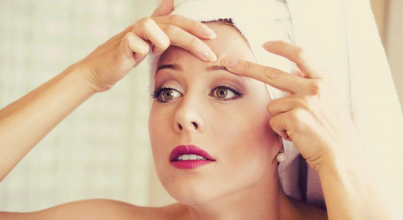 Quelles huiles essentielles contre l'acnée et la peau grasse ?