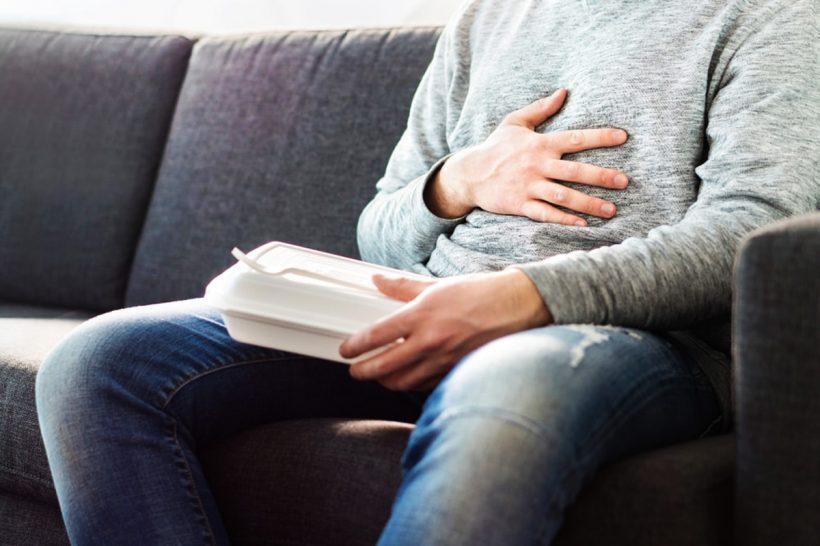 10 remèdes naturels à action rapide contre les brûlures d'estomac