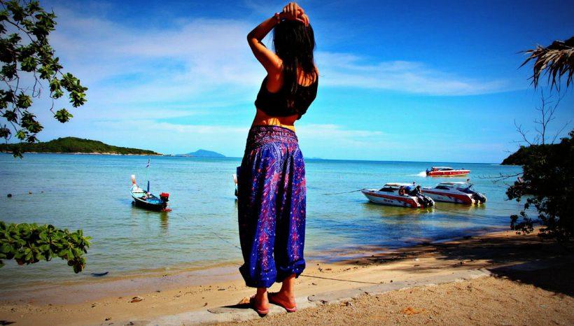 """Sarrouel : pourquoi le """"Buddha Pants"""" est l'ultime compagnon de voyage/ méditation/ yoga ?"""
