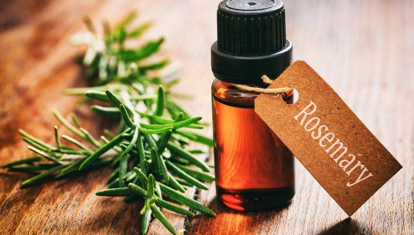 Guide des huiles essentielles pour un ménage naturel !