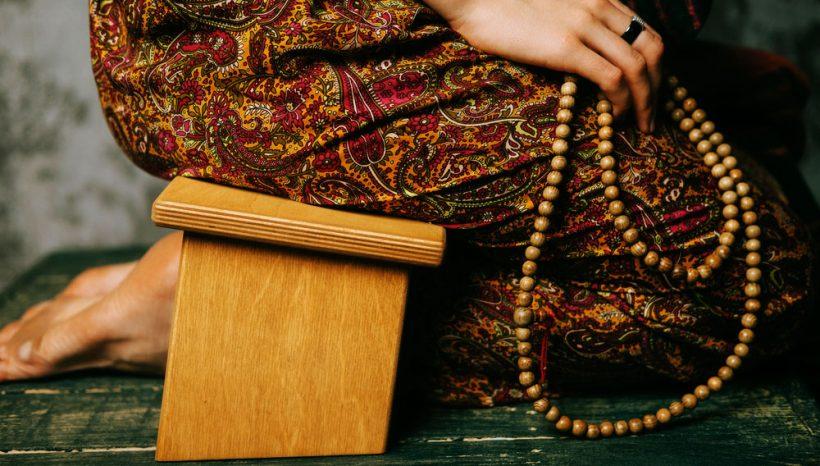 Chaise de méditation, quels sont les bienfaits de méditer avec ?