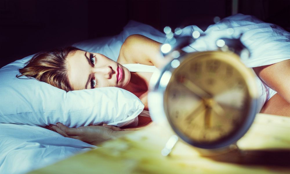 comment s'endormir vite avec les huiles essentielles