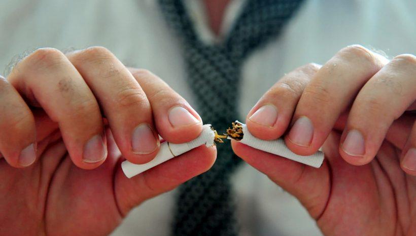 Lutter contre sa dépendance au tabac avec les huiles essentielles