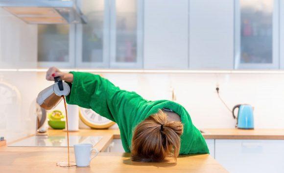 Mauvaises habitudes qui pourrissent votre sommeil (+ alternatives saines)